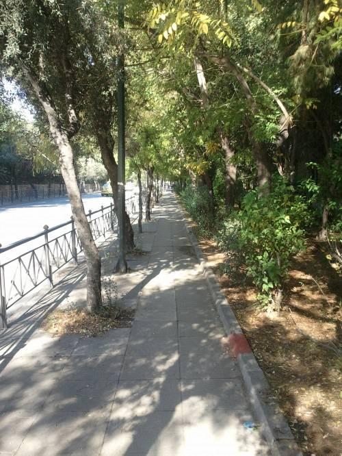 Πεζοδρόμιο Α' Νεκροταφείου Αθηνών