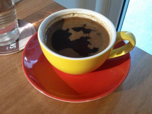 Ο καφές μωρό Alien