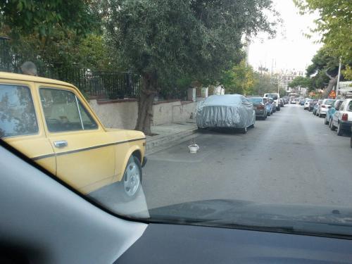 Καπάρωμα θέσης parking made in Greece